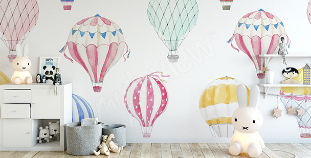 Balloons mural for a little girl