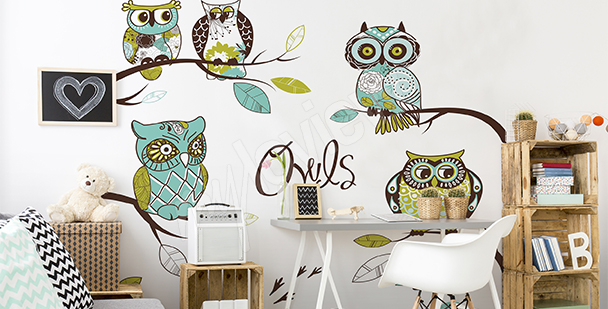 Owl mural for girl's room