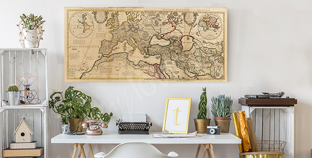Retro map canvas print
