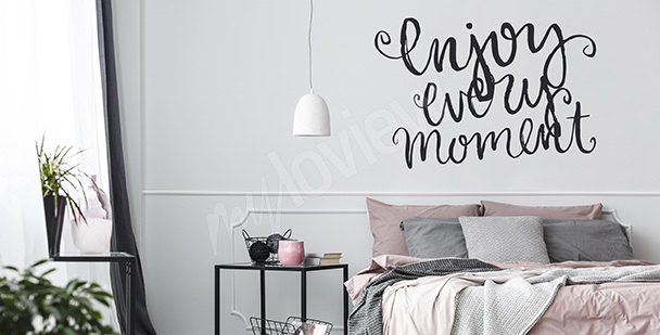 Sticker with a quote - enjoy the moment
