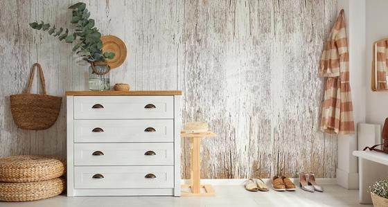 Wood on a wall – an easy solution for a cosy interior